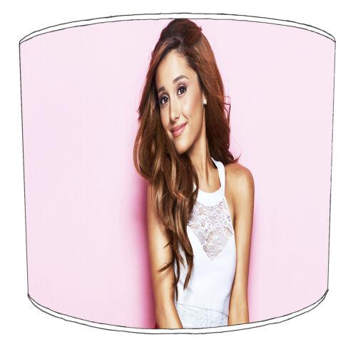 Ariana Grande Childrens abat-jour Idéal Pour Correspondre à la Literie Rideaux couettes