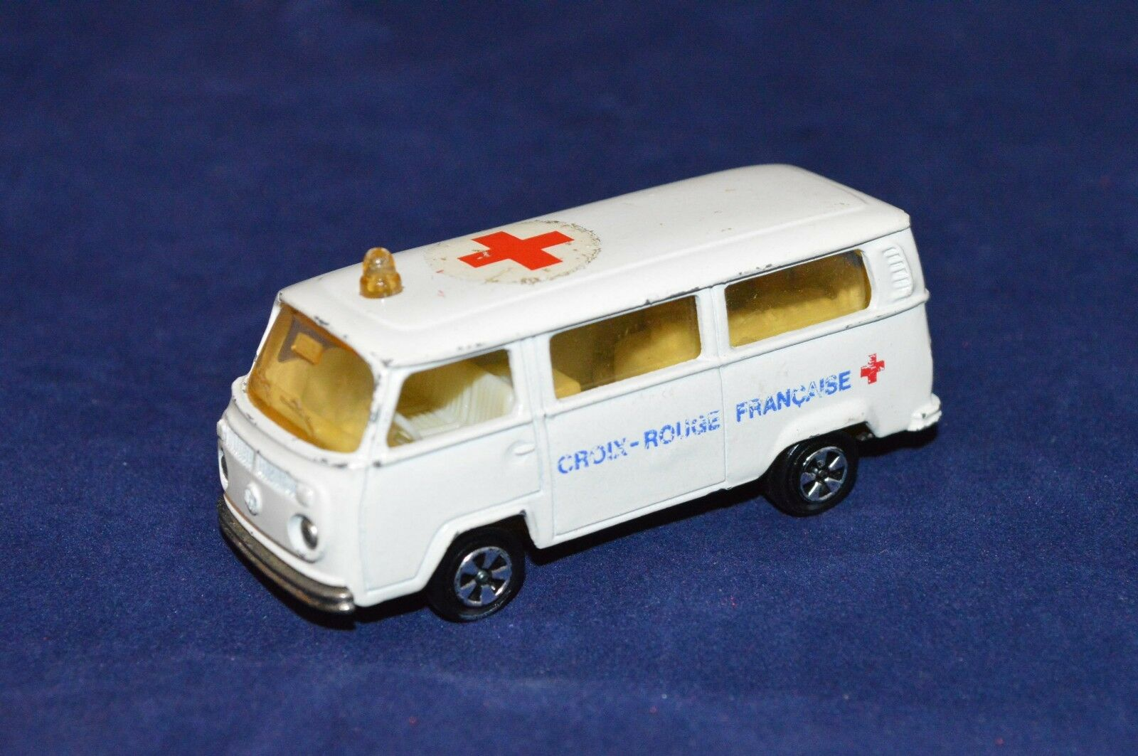 Majorette VW Bus T2 Krankenwagen Volkswagen Bus Fourgon Ambulance Nr. 244 FachH3