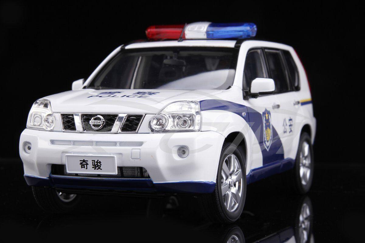 Modello DIECAST AUTO NISSAN X-TRAIL auto della polizia versione 1:18 + REGALO