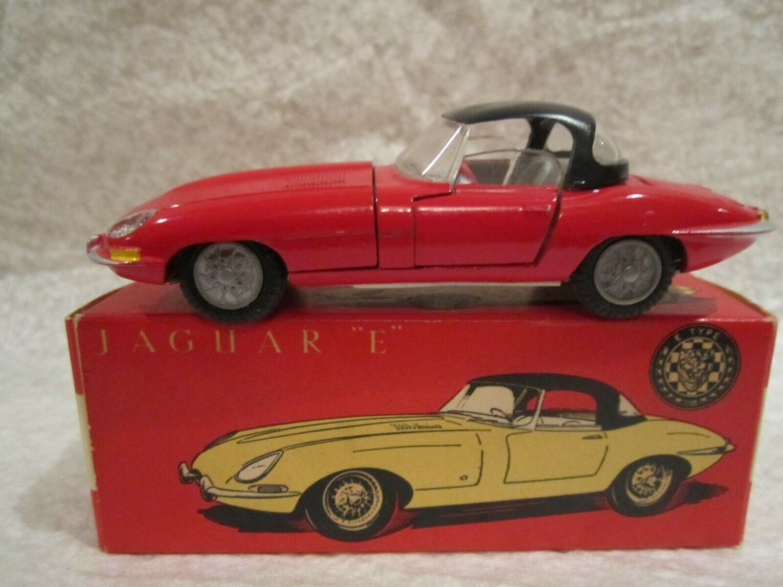 TEKNO 927 JAGUAR E TYPE MIB