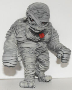 Mummy-Heavy-Plastic-Figurine-4-inches-HALLOWEEN-MONSTER-Egyptian-Mummy-Figure