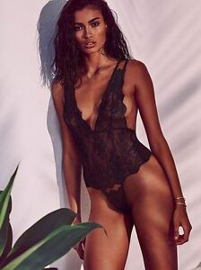7fe16eb17e Victoria s Secret Very Sexy Chantilly Lace Lingerie Plunge Teddy ...