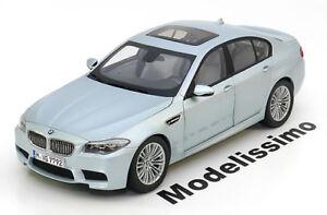 1-18-Paragon-BMW-m5-f10-2011-silverblue-metallic