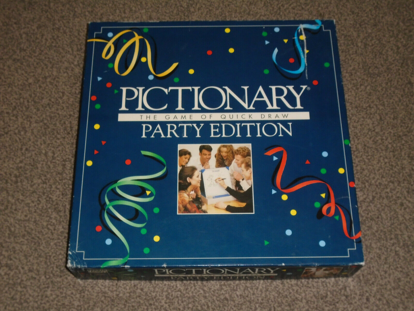PICTIONARY -THE PARTY EDITION GAME - 1993 By PARKER - In VGC (FREE UK P&P)