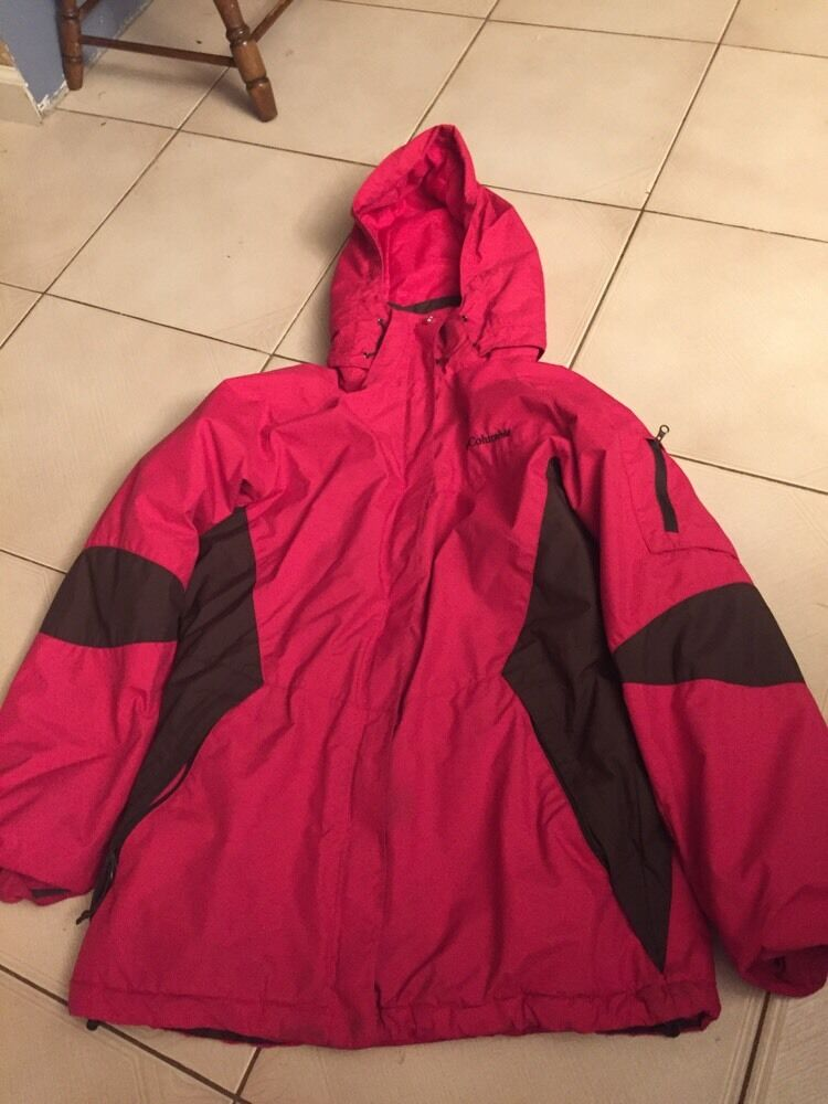 Columbia S Waterproof Fabric Highly Water Resistant Hooded Coat warm winter fall