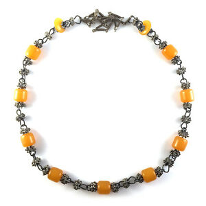 Vintage-Tribal-Butterscotch-Amber-Resin-Barrel-Bead-amp-Silver-Chain-Link-Necklace