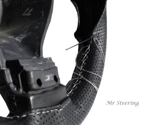 Per Citroen C4 Mk1 traforata nero in pelle Volante Copertura Cuciture Bianche