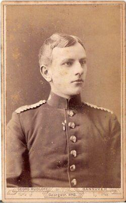 Cdv Foto Soldat - Hannover 1880er Novel (In) Design;