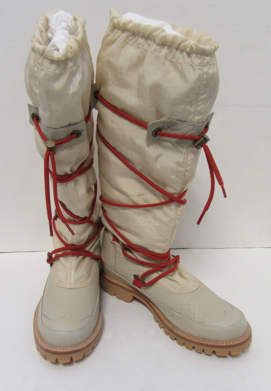 HUNTER Summit Amazona Boots in Beige with Adjustable Red Rope Size 8