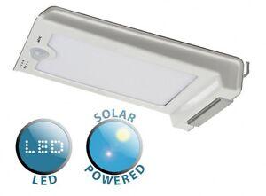 Aluminium-Energie-Solaire-Lumiere-DEL-avec-Integre-Capteur-PIR-de-amp-Mural-Panneau