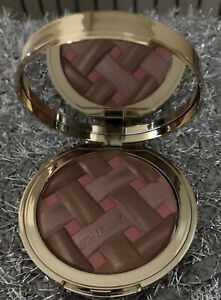 Too-Faced-Sweetie-Pie-Radiant-Matte-Bronzer-Infused-With-Peach-amp-sweet-Fig-Cream