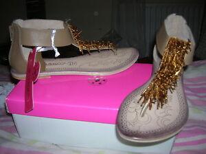 soldes-chaussures-sandales-femme-38-ilario-FERUCCI-CUIR-val-99-euros-l-1