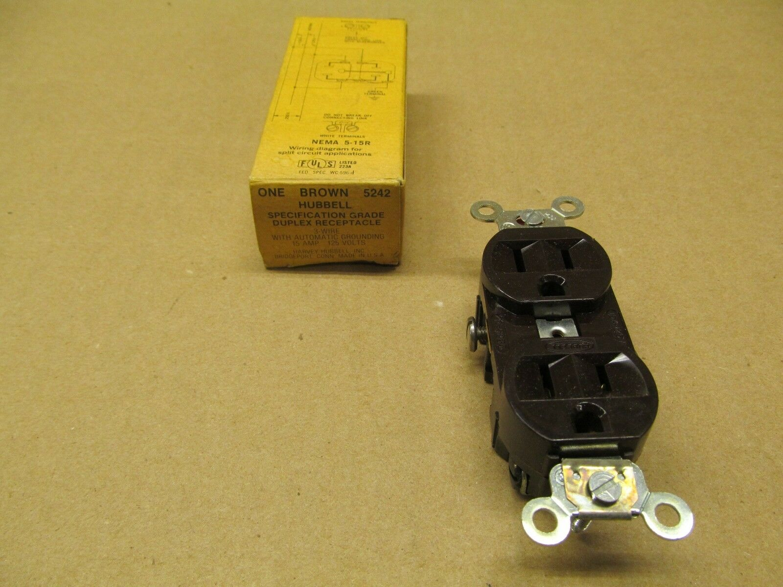 10 Hubbell 5242 Duplex Brown Receptacles Nema 5 15r 15a 125v Ebay L5 15 Amp Plug Wiring Diagram Norton Secured Powered By Verisign