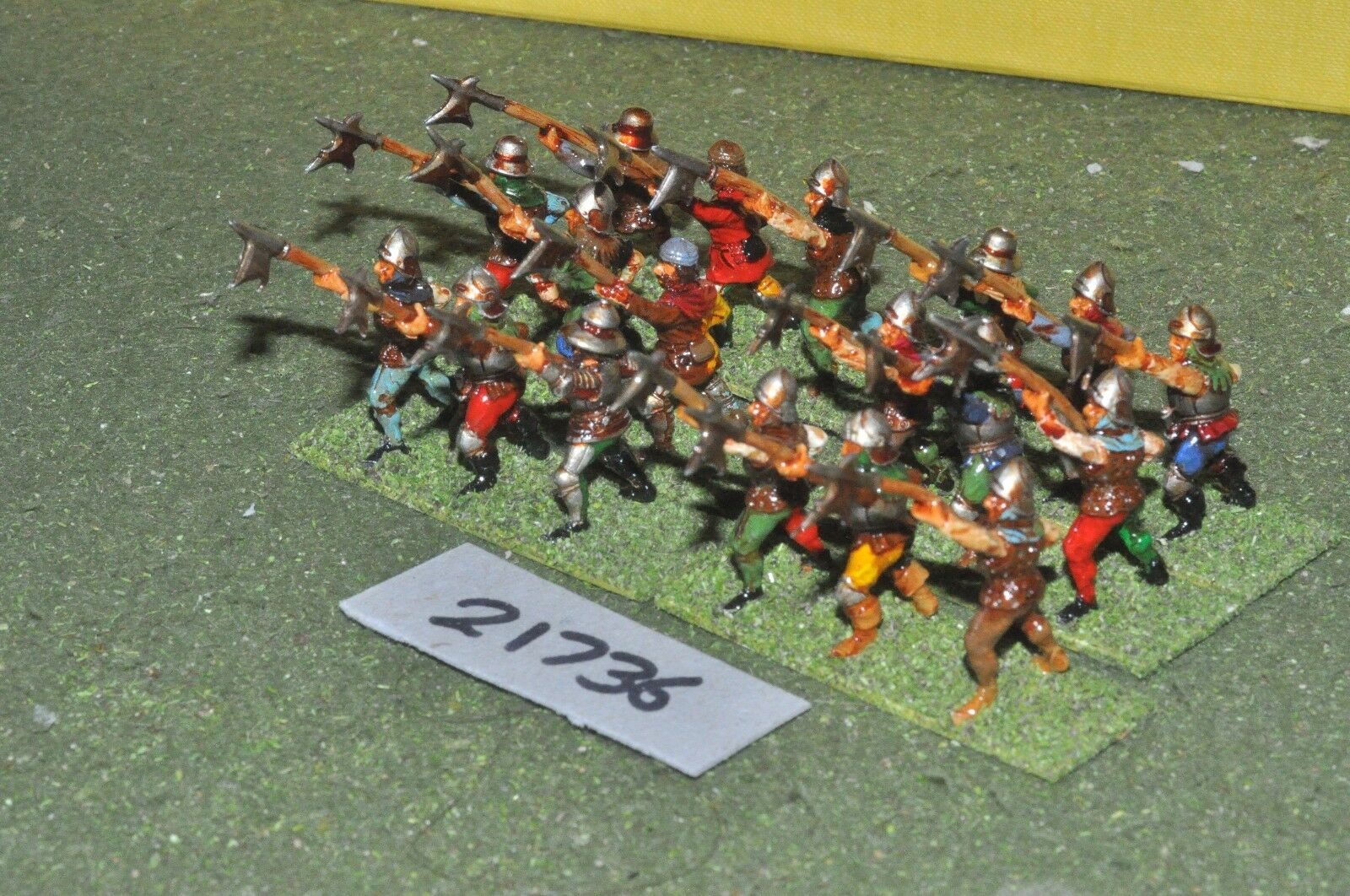 25mm medieval   swiss - halberdiers 18 figs infantry - inf (21736)