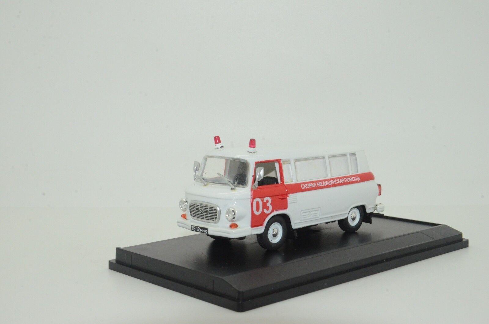 Mega RARE    Barkas B1000 Russian Ambulance Custom Made 1 43