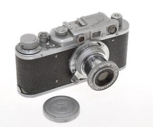 Zorki-I-1-B-with-50-3-5-Industar-22-copy-Leica-II-exc-unusual-camera-and-lens