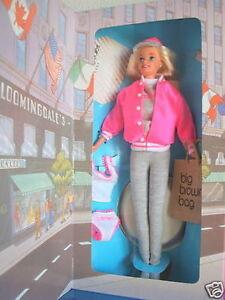 POUPEE BARBIE COLLECTION Bloomingdale's Mattel 16290 - 1996