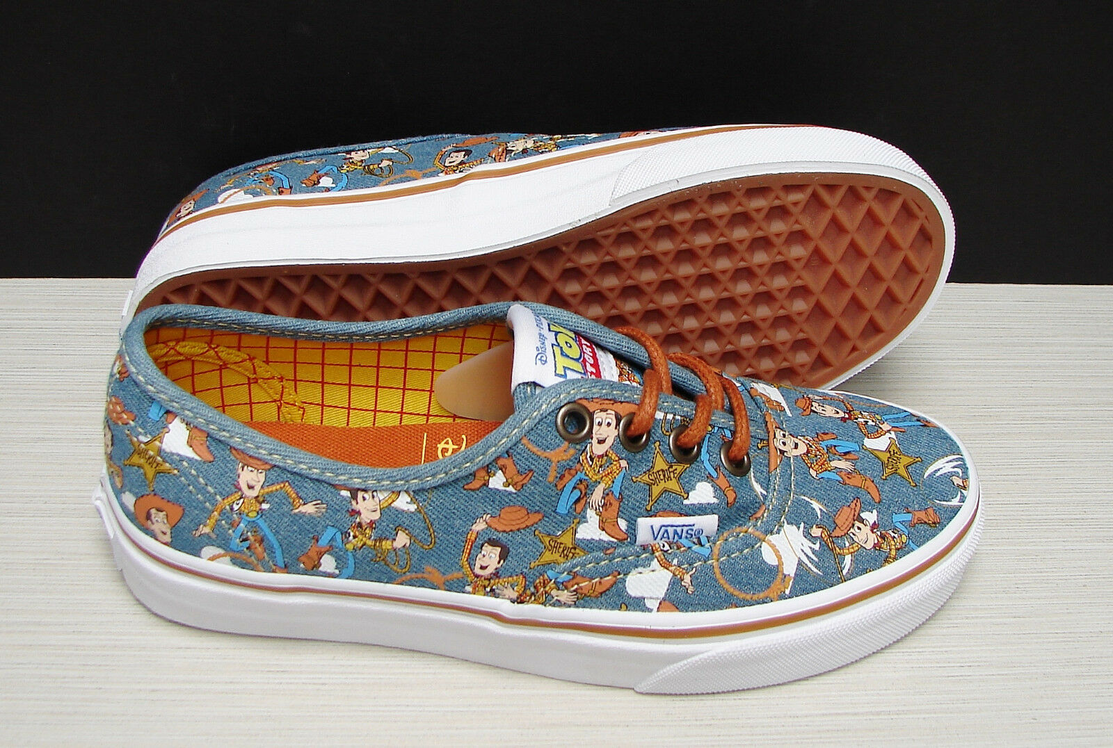Vans Authentic Toy Story Woody True White VN0A348AM4Z Women's Size: 5.5