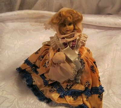 STORYBOOK DOLL GIRL WITH LONG DRESS AND STAND VINTAGE TOY