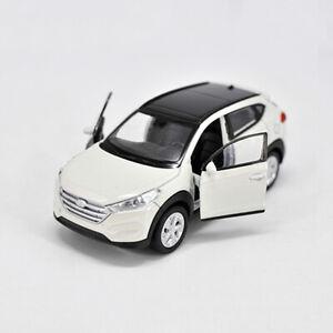 1:36 Hyundai TUCSON SUV modello auto giocattolo in lega Diecast Veicolo Pull Back Bianco Regalo