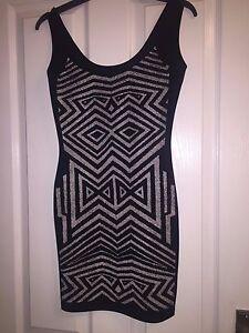 Miss-Selfridge-Black-amp-White-Glitter-Pattern-Detail-Bodycon-Dress-Petite-Size-6