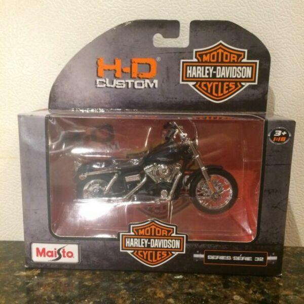 Harley Davidson FLSTS Heritage Springer Blau 2001 1//24 Maisto Modell Motorrad mi