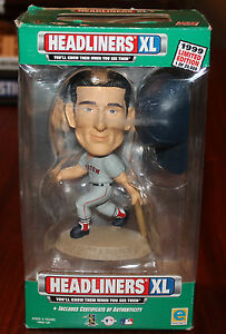 IN ORIGINAL BOX LIMITED EDITION 1 OF 20,000 1998 HEADLINERS XL BOBBLE HEADS