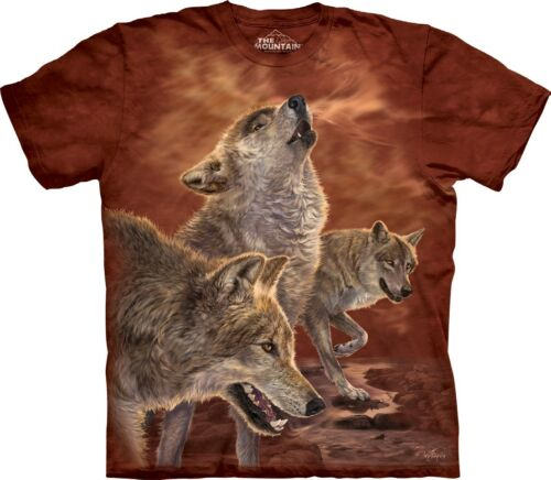 The Mountain Unisex Adult Red Glow Wolves Animal T Shirt