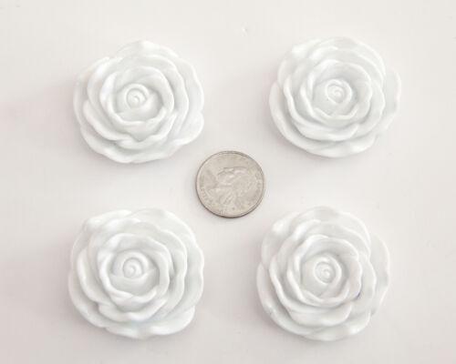 lot for Bubblegum Chunky Necklace White Rose Pendant 45mm Diameter 4 ct
