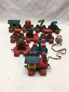 Vintage-Wood-Train-Pull-Toy-Set-Cars-are-Numbers-1-to-8-Engine-amp-Caboose-41-5-034