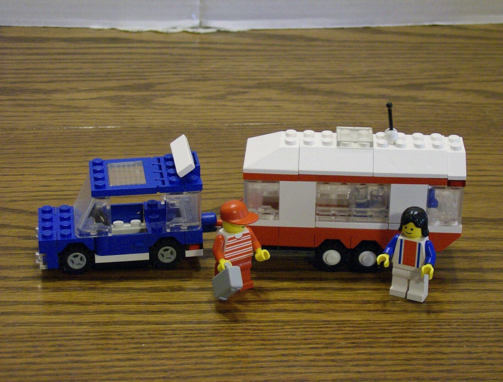 Lego 6590 Classic Classic Classic Town VACATION CAMPER Complete w Instructions 06d682