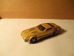 Hot-Wheels-CCM-COUNTRY-CLUB-Musculo