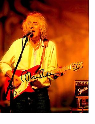 """""""mr.telecaster"""" L@@k Awesome Rare Albert Lee Signed Photo Color 8x10 Mint A Plastic Case Is Compartmentalized For Safe Storage"""