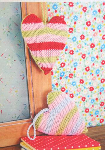 Heart Shaped Door Hanger//Lavender Bag Knitting Pattern