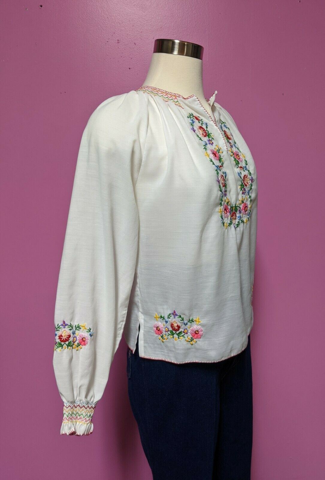 Hungarian Folk Embroidered Blouse/Size XS/S/Peasa… - image 8
