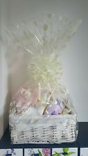 Cestino Bambino/Bambina/Bambino cesto regalo/Baby Shower in rosa. con libellula regali