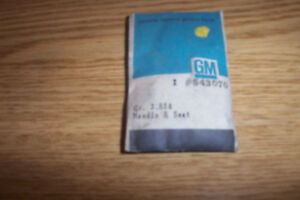 NOS PONTIAC 1961-63 W/ 4BC  CARB NEEDLE & SEAT  #543070