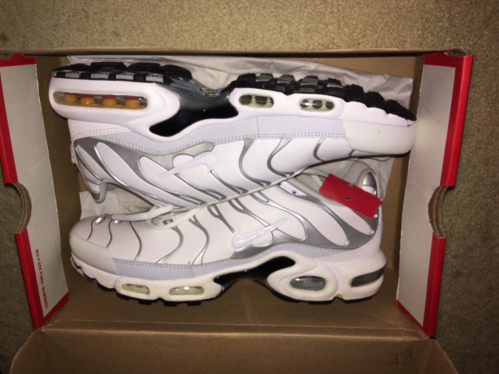 NIKE AIR MAX PLUS WHITE Leather Silver GREY MEN SNEAKERS Sz 10 New