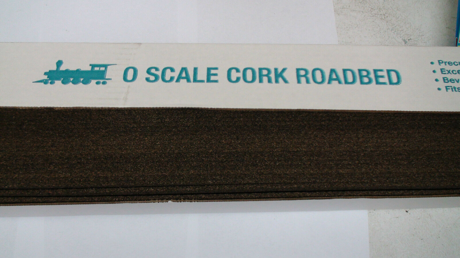 MIDWEST CORK stradaBED  3016 O SCALE 25 PIECES PIECES PIECES 36  lungo EACH PIECE TOTAL 75 FEET c70b55