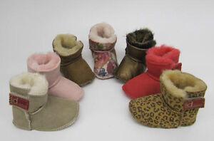 Bebe-Nina-Marron-Rosa-Snugg-Piel-de-oveja-Botas-Pantuflas-Lia-Couture-talla-20-5