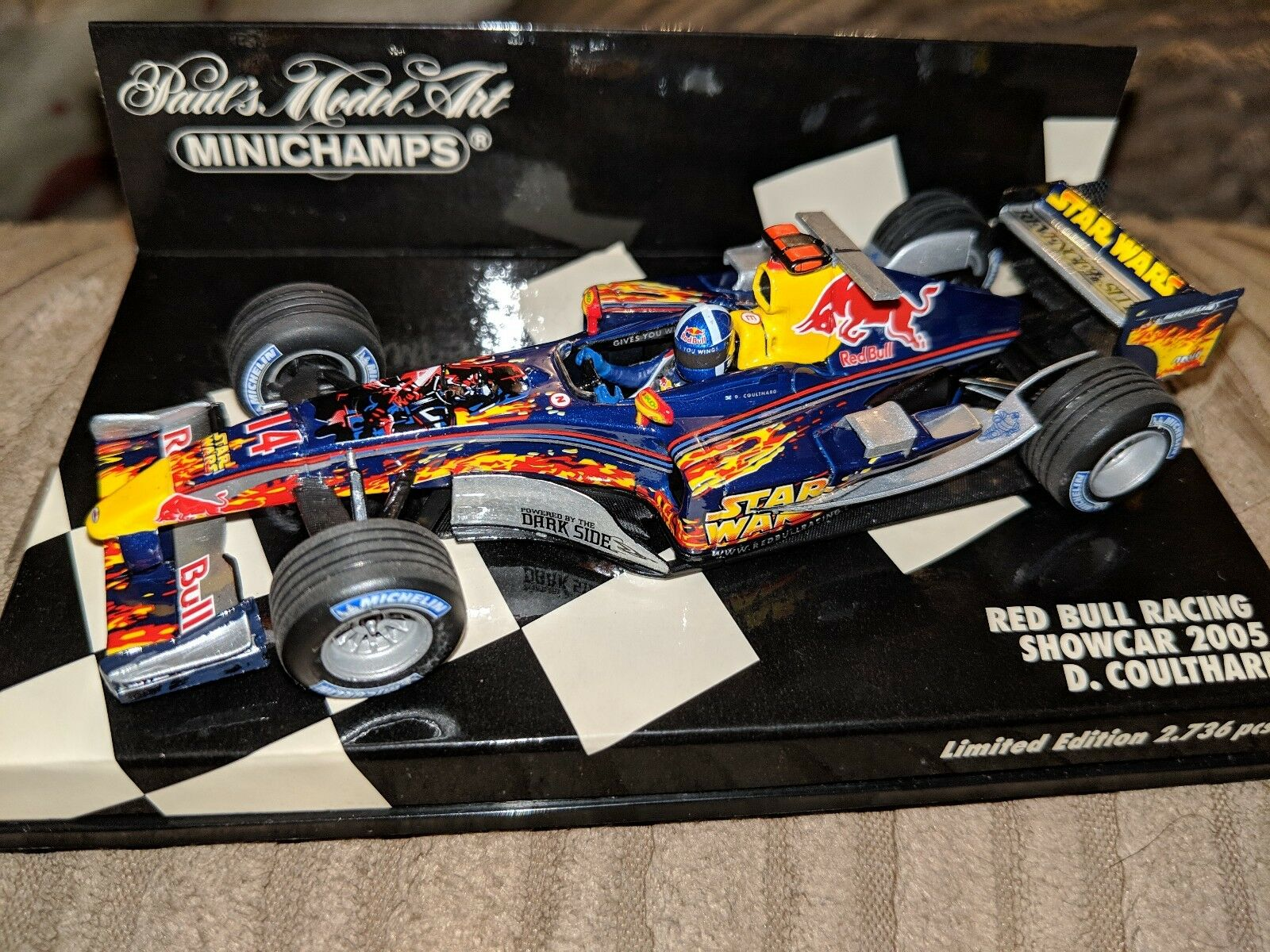 1 43 D Coulthard-rosso Bull RB1, Star Wars 2005-F1 Minichamps