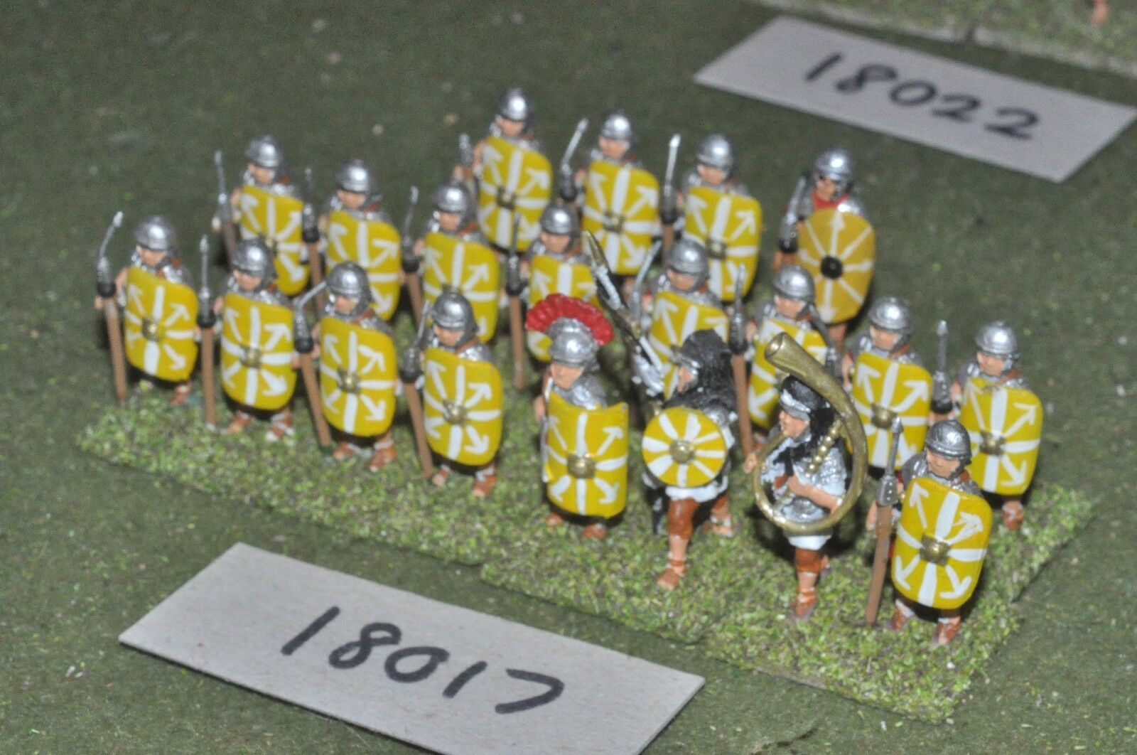 25mm roman era     roman - legionaries 20 figs - inf (18017) 0fa1ae