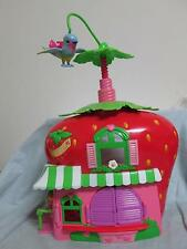 2008 Hasbro Strawberry Shortcake Strawberry Berry Cafe Doll House Twirling Bird