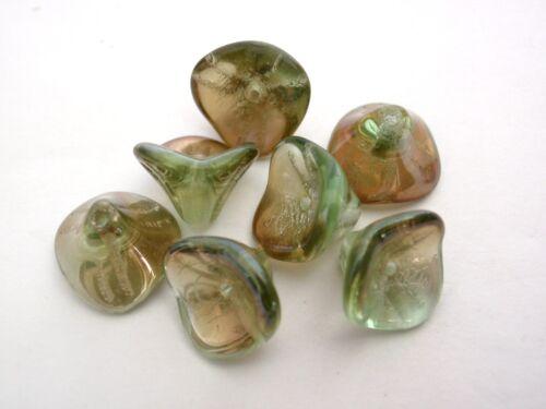 Celsian 12 12 mm Czech Glass Three Petal Flower Beads Chrysolite