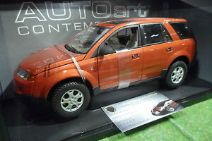 SATURN-VU-orange-2002-au-1-18-AUTOart-Contemporary-71401-voiture-miniature-4x4
