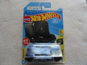 Zoom-In-Experimotors-Hot-Wheels