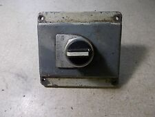 Allen Bradley 800T-J2 Selector Switch Assembly w/ Cover and Table Lift Bezel