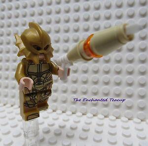 LEGO® 76085 DC SUPER HEROES™ ATLANTEAN GUARD Justice League Minifigure 100/% LEGO
