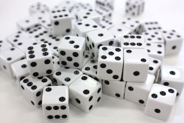 50 X White Dice Wholesale Sided Die Lot Bulk 10mm D6 Gaming Set Six