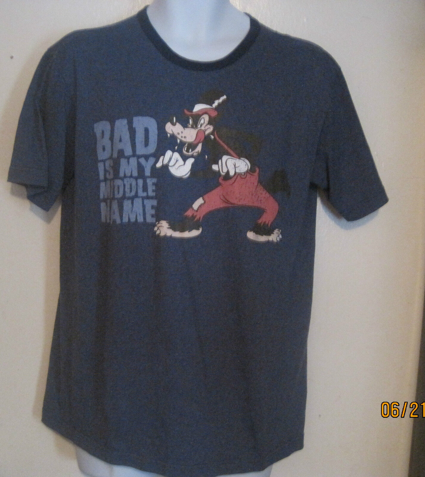 b83fc6eb756 Disney Store Bad Is My Middle Name Tee T Shirt Mens M Medium Big Bad Wolf